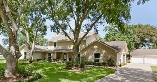 2223 Buckholt Street Pearland Texas